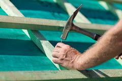 Gidroizoljacija krovli: materialy i ih osobennosti