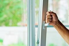 Plastikovoe okno: sekrety samostojatel'nogo montazha