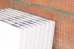 Teploizoljacija i gidroizoljacija podvala zagorodnogo doma