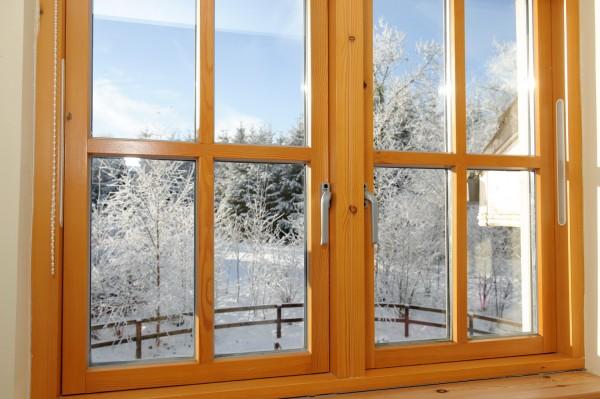 Деревянное окно: установка по всем правилам