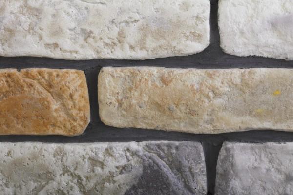 Облицовка цоколя камнем