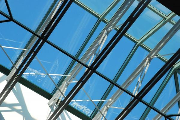Тонкости проектирования и обустройства светопрозрачных крыш
