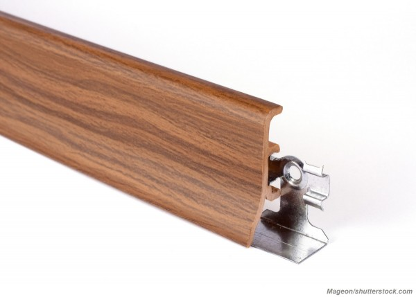 Плинтус с кабель-каналом: преимущества, установка