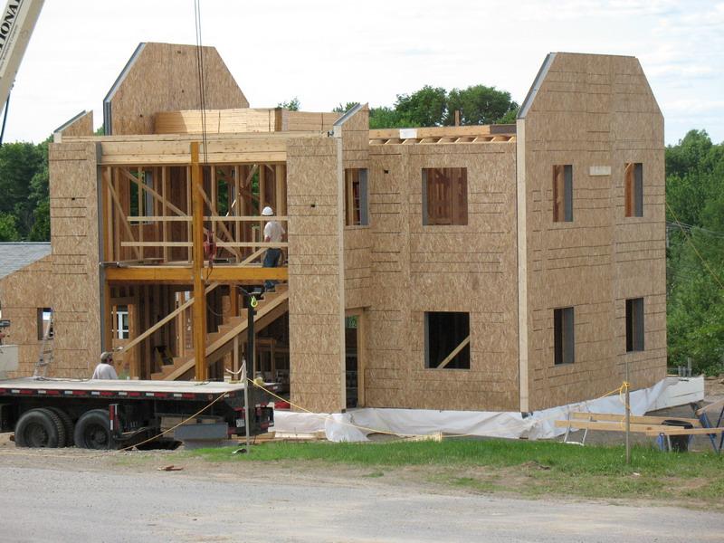 строительство дома по каркасной технологии из СИП панелей