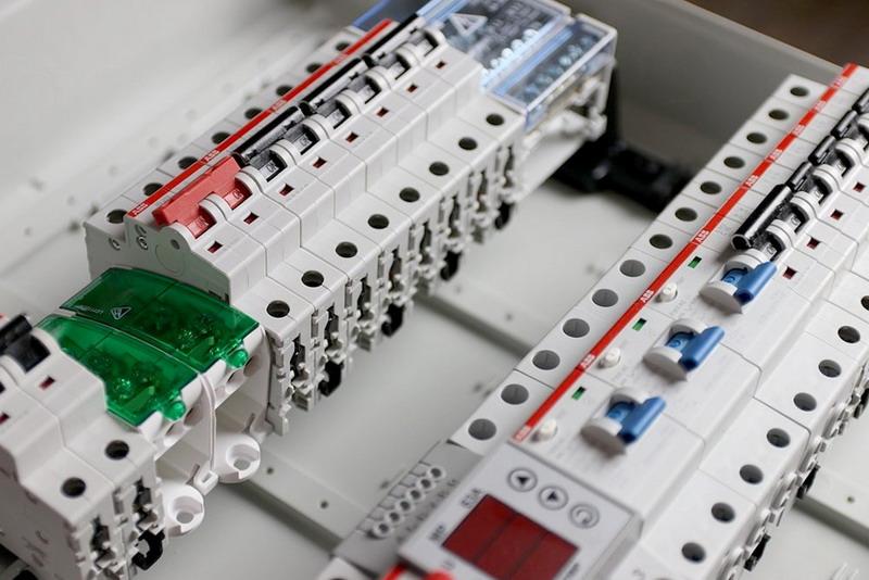 Автоматические выключатели: особенности выбора